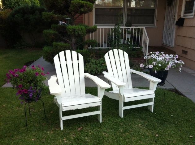 Best Cool Adirondack Chair Front Yard Image
