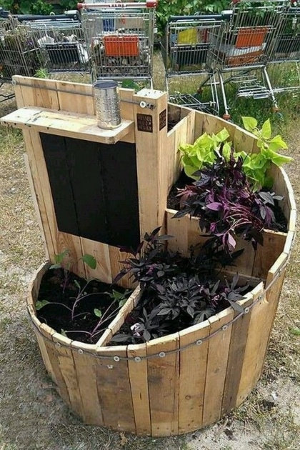 Best Cool Pallet Planter Ideas Picture