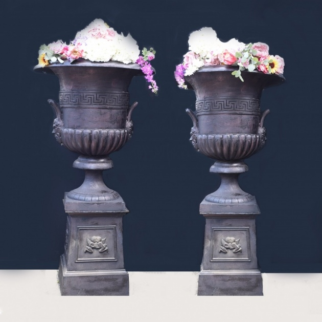 Best Garden Urns Picture