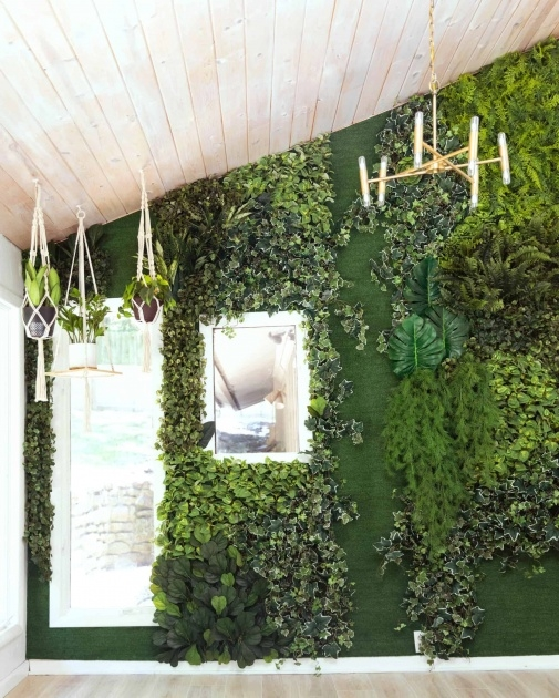 Best Living Wall Planter Image