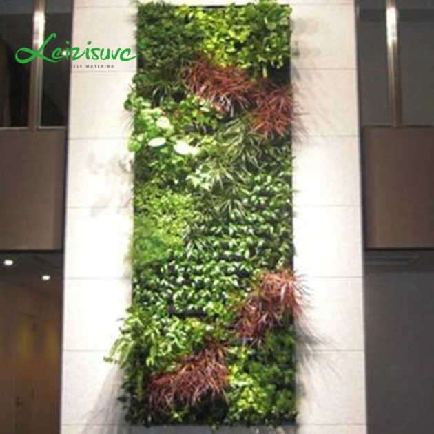 Cool Vertical Wall Planter Picture