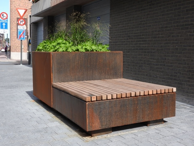 Creative Movable Planter Boxes Photo