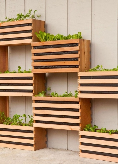 Creative Vertical Planter Box Photo