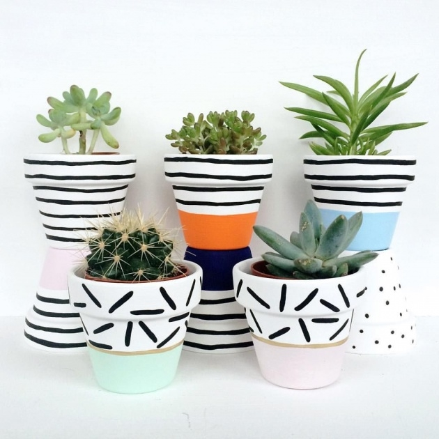 Easy Painted Plant Pots Photo