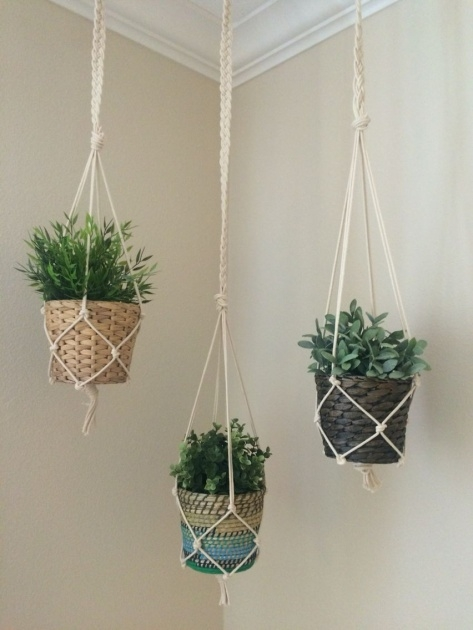 Easy Woven Hanging Planter Photo