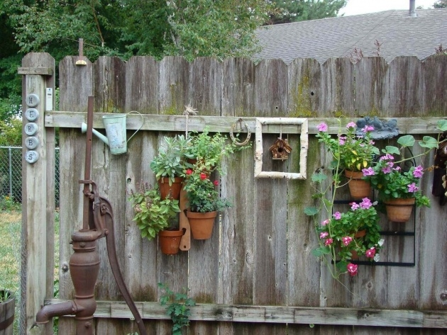 Fantastic Fence Hanging Planters Picture