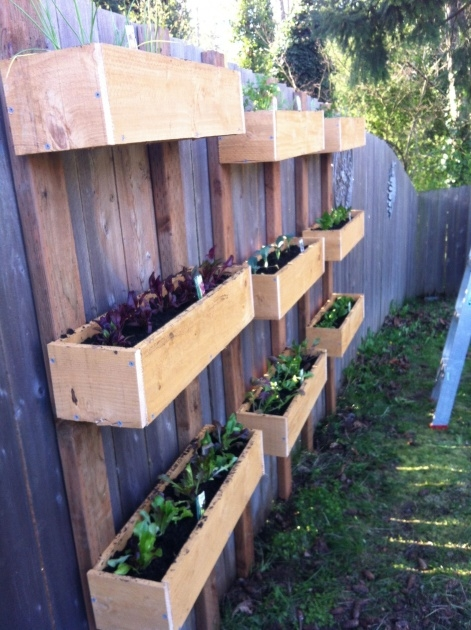 Good Fence Planter Boxes Photo