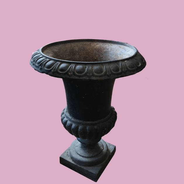 Good Garden Urns Photo