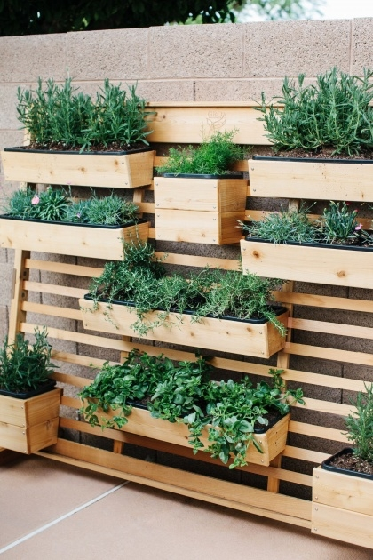 Good Outdoor Living Wall Planters Picture