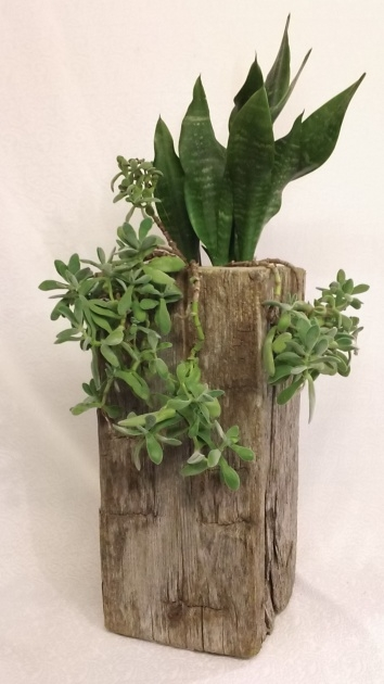 Good Railroad Tie Planter Image