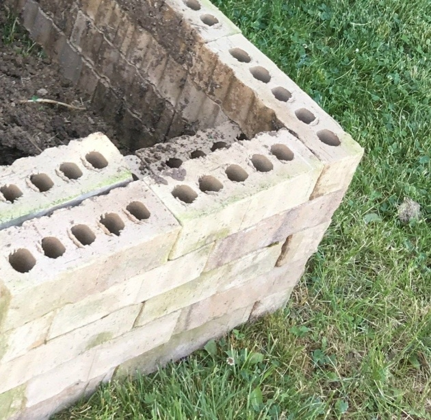 Great Brick Planter Box Image