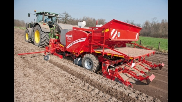 Great Grimme Potato Planter Image