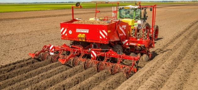 Great Grimme Potato Planter Photo