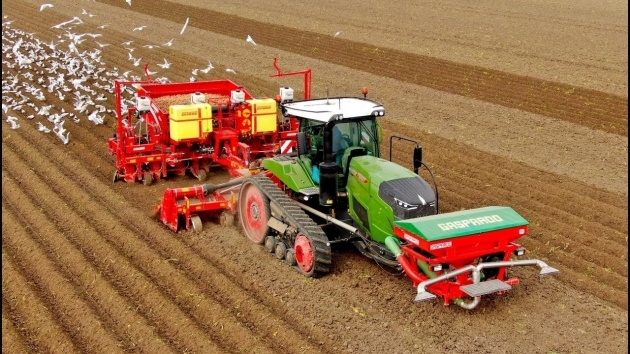 Great Potato Planter Machine Picture