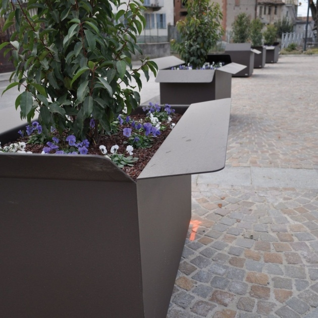 Great Street Furniture Planters Picture