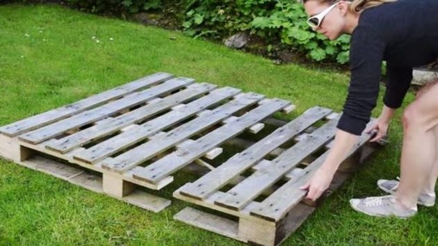 Imaginative Pallet Strawberry Planter Image