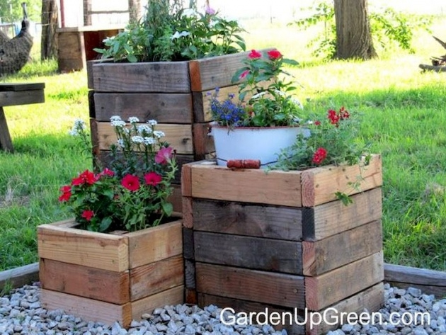Insanely Cool Planter Boxes Photo