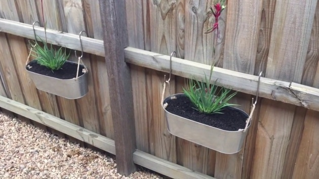 Insanely Fence Planters Image