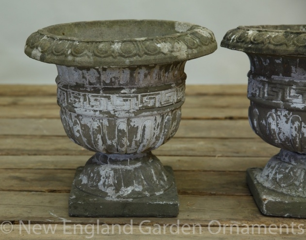Insanely Garden Urns Photo