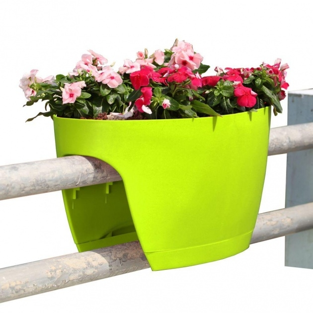 Inspiration Railing Planter Box Photo