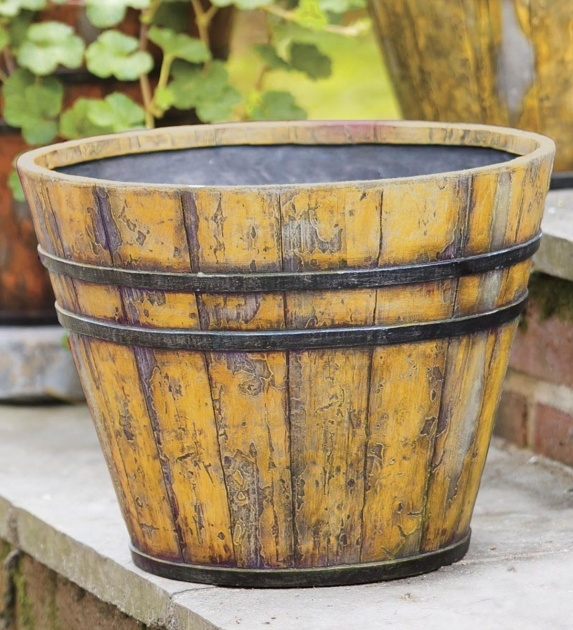 Inspiring Wooden Bucket Planter Image