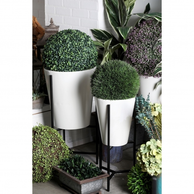 Most Creative White Garden Planters Image