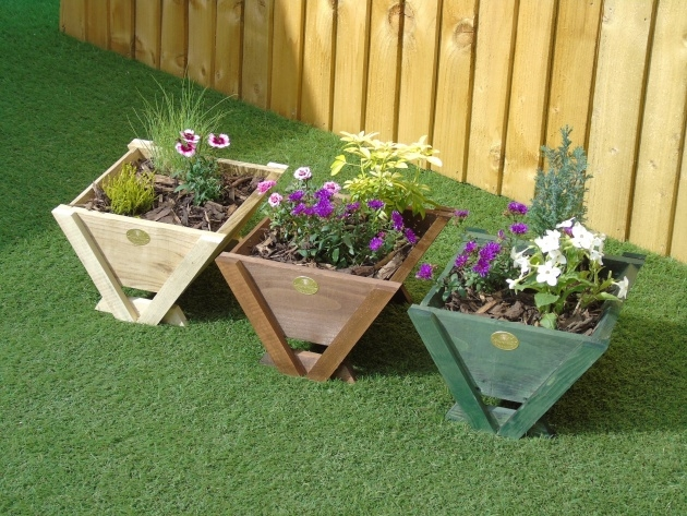 Outstanding Small Wooden Planters Image