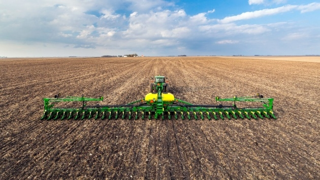 Remarkable Row Crop Planter Image