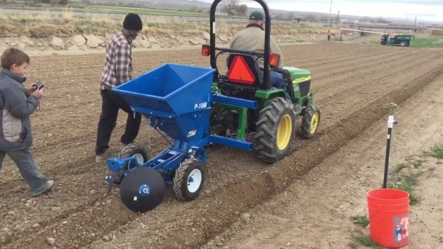 Sensational Potato Planter Machine Picture