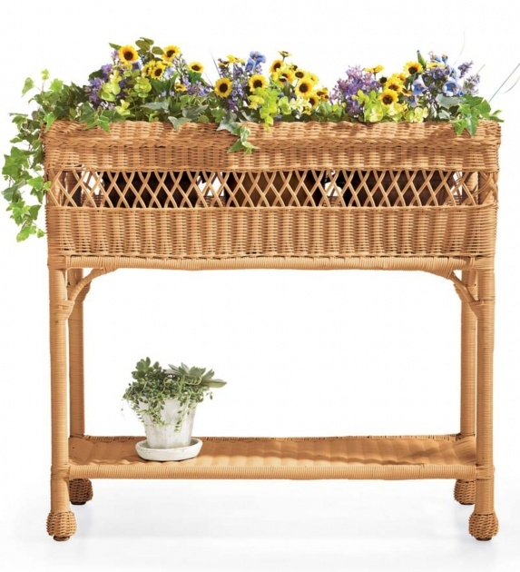 Stylish Resin Wicker Planters Photo