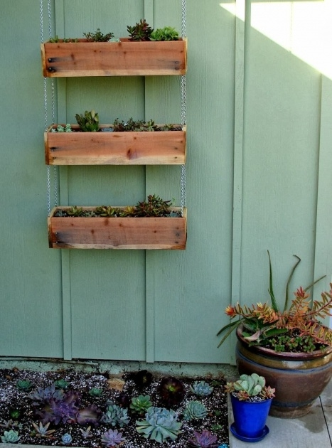 Super Cool Hanging Planter Box Image