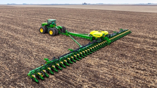 Super Cool Row Crop Planter Picture