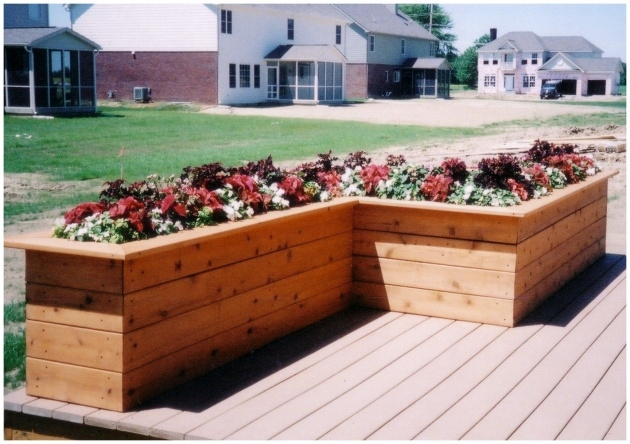 Top Balcony Planter Box Photo