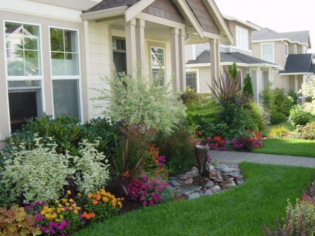 Creative Front Yard Planter Ideas Picture