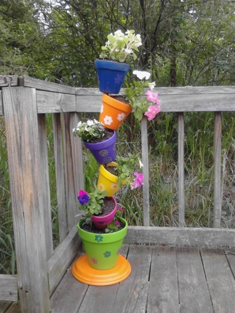 Fascinating Tower Plant Pots Image
