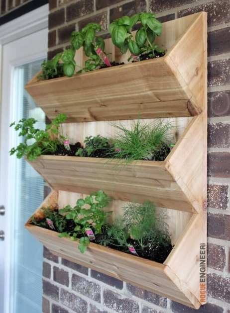 Good Wooden Wall Planter Image