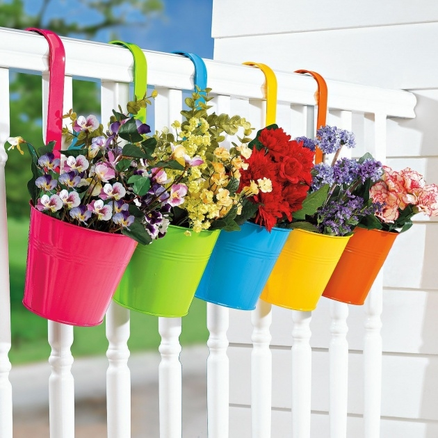 Ideas for Balcony Hanging Planters Photo