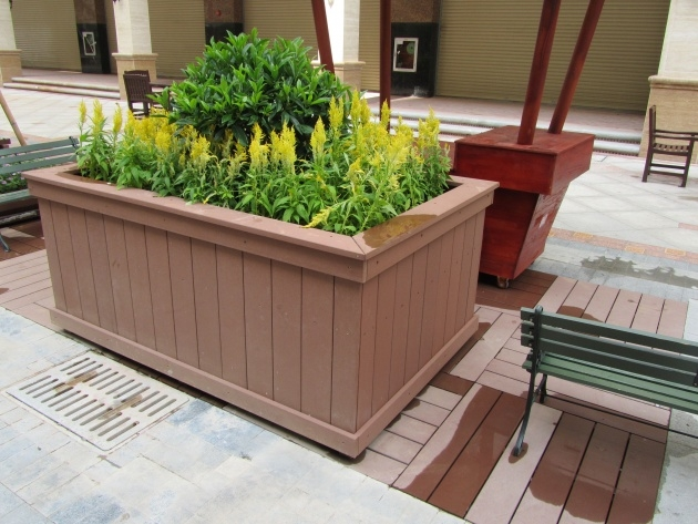 Inspiring Movable Planter Boxes Image