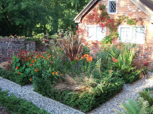Marvelous Plants For Small Gardens Image