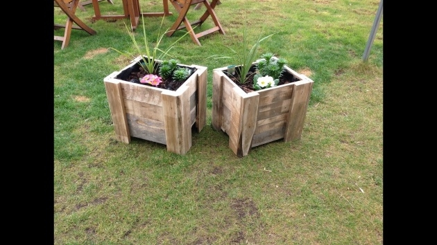 Perfect How To Make A Planter Box Out Of Pallets Photo