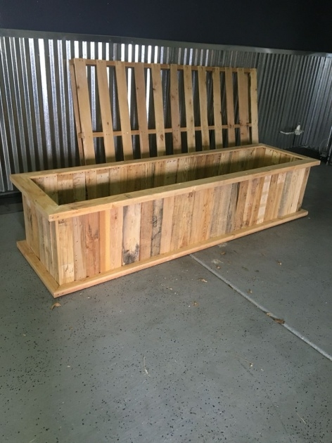 Simple How To Make A Planter Box Out Of Pallets Picture
